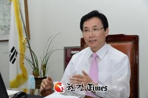 [한강T-인터뷰] 이환주 남원시장, '문화관광' 르네상스 연다